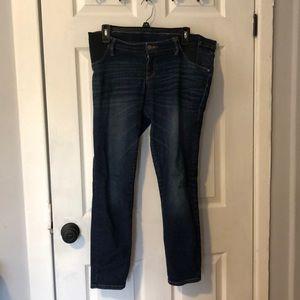 Liz Lange Maternity M Medium Ankle Skinny Jeans